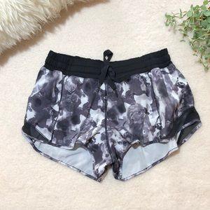 Lululemon Hoty Hot Shorts
